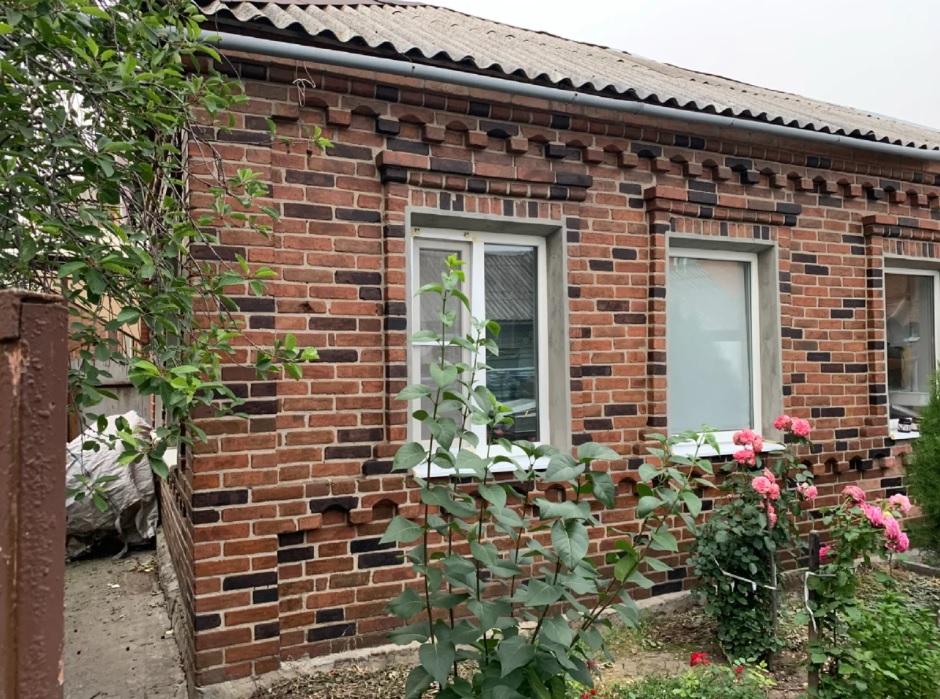 Решили с мужем обновить внешний вид старого дома: Многие смеялись над задумкой - а теперь хотят также!