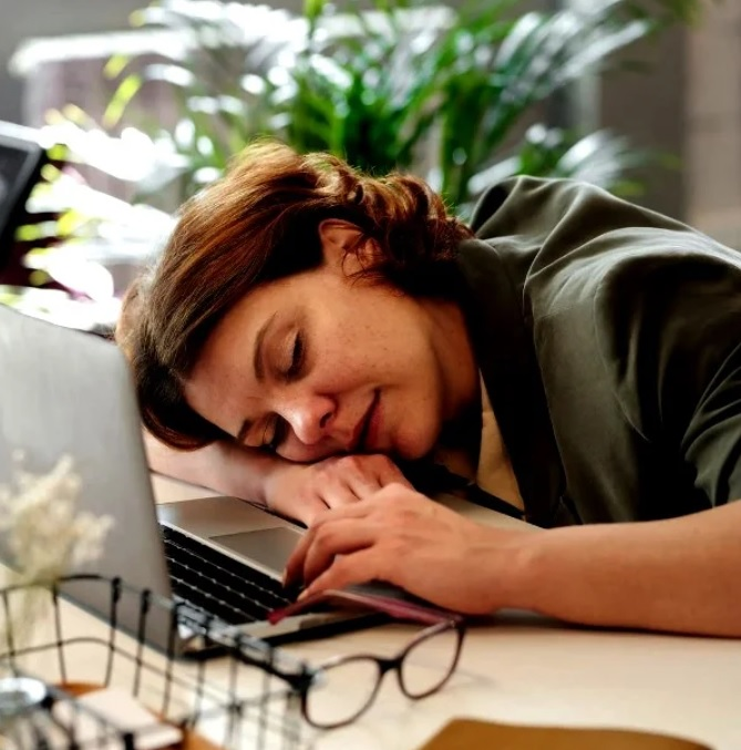 Научила своих знакомых одному необычному методу заснуть при бессоннице - теперь ни у кого нет проблем